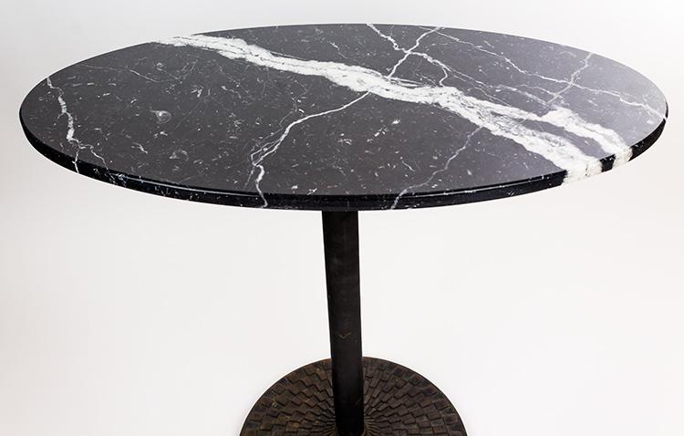 Mesa ovalada de marmol y pie de hierro serie limitada - Pies de mesa de marmol ...