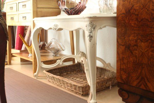 Mesa madera estilo isabelino